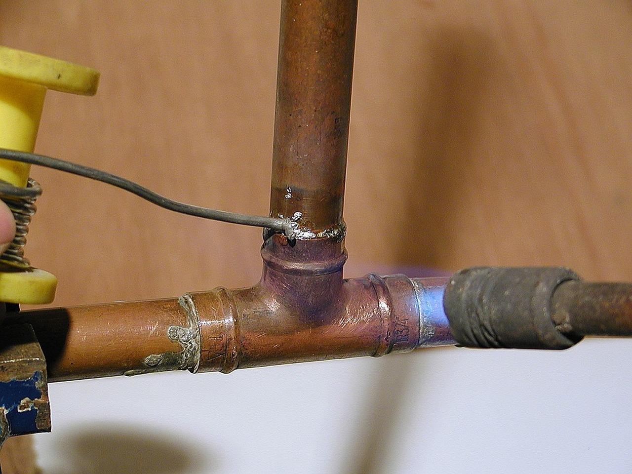 Pourquoi vous devez tout de suite repérer un bon plombier